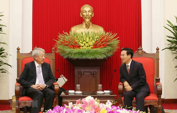 Party official welcomes Singaporean Deputy PM hinh anh 1