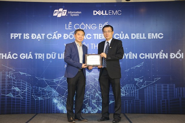 Vietnamese software company becomes Dell EMC's highest-level partner hinh anh 1