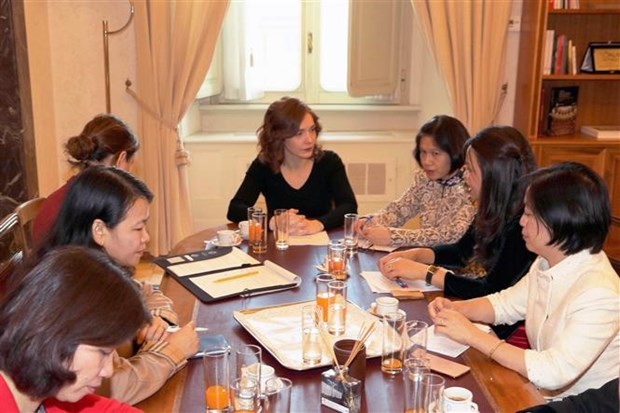 Vietnam, Italy share experiences in gender equality hinh anh 2