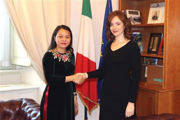 Vietnam, Italy share experiences in gender equality hinh anh 1