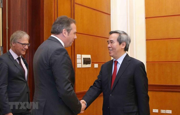 Officials of German parliament welcomed in Hanoi hinh anh 1