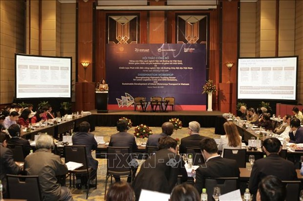Vietnam urged to reduce logistics costs to enhance competitiveness hinh anh 1