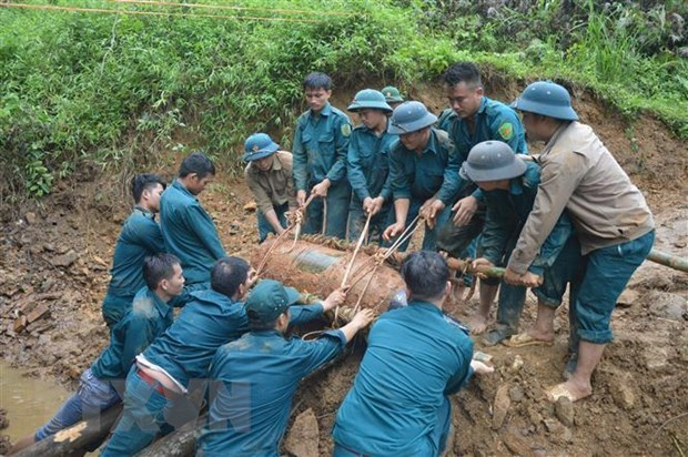 War-time shells detonated in Quang Tri province hinh anh 1