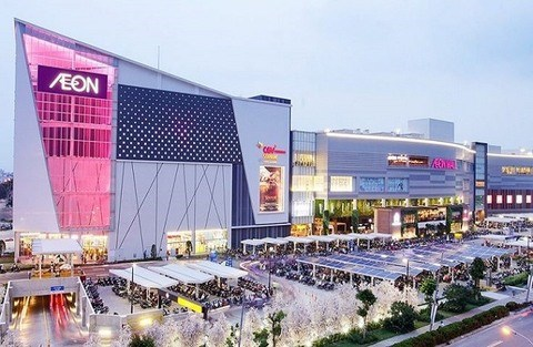 Non-retail services help fill up shopping centres hinh anh 1