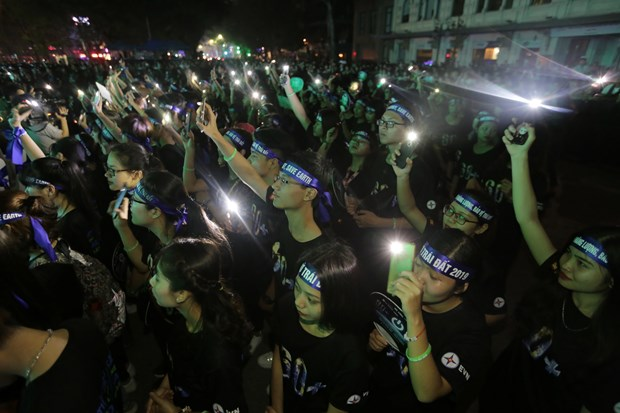 Over 910 million VND saved during Earth Hour in Vietnam hinh anh 1