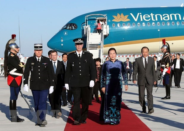 NA Chairwoman Nguyen Thi Kim Ngan begins official visit to France hinh anh 1