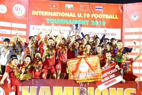 Vietnam win U19 International Football Championship hinh anh 1