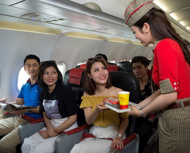 Vietjet offers 1.1 million super saving tickets to mark new routes from Can Tho hinh anh 1
