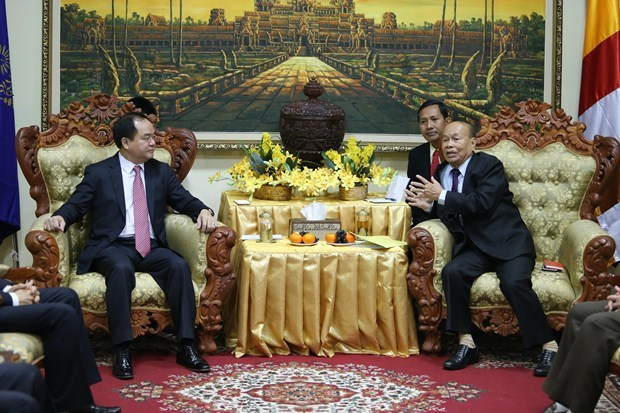 Vietnamese, Cambodian religious officials hold talks hinh anh 1