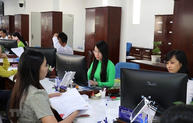 Vietnamese more satisfied with public services: PAPI report hinh anh 1