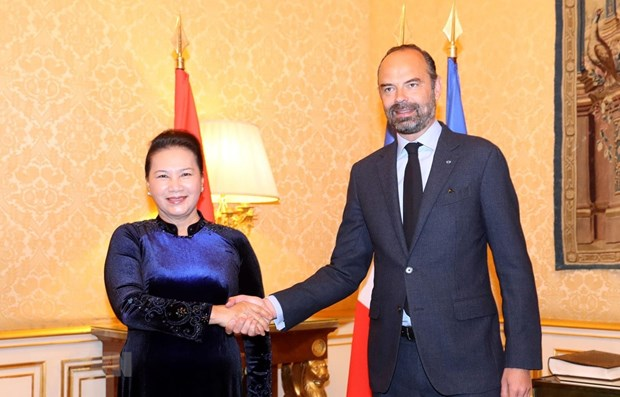 NA leader meets French PM in Paris hinh anh 1