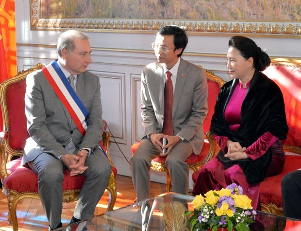 NA Chairwoman meets Toulouse Mayor hinh anh 1