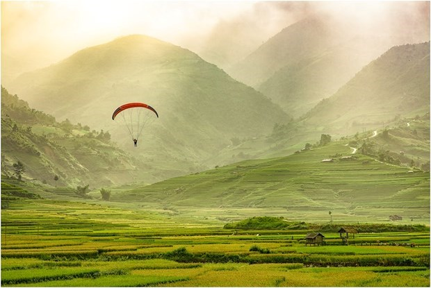 New destinations in Mu Cang Chai for paragliding lovers hinh anh 1
