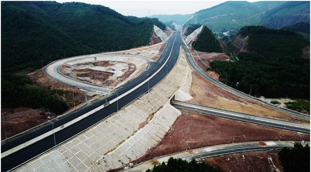 Construction of Van Don-Mong Cai Expressway starts hinh anh 1