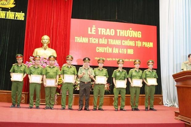 Vinh Phuc police seizes 20,000 meth pills hinh anh 1
