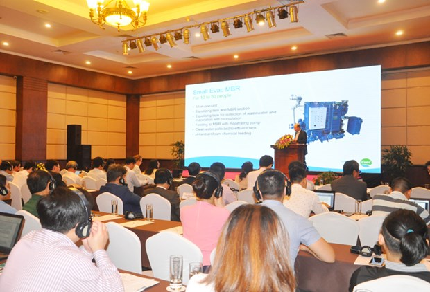 IUCN workshop on wastewater tech solutions for Ha Long Bay boats hinh anh 1