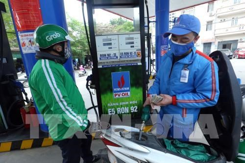 Ministry drafts three inflation scenarios based on world petrol price hinh anh 1