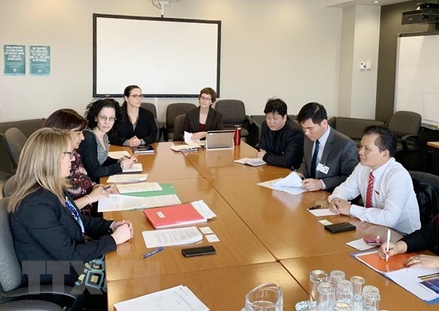 Vietnam, Canada step up parliamentary cooperation hinh anh 1