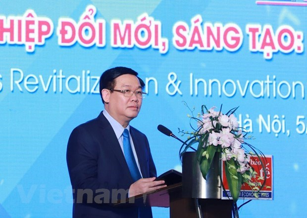 Deputy PM urges firms to embrace digital transformation hinh anh 1