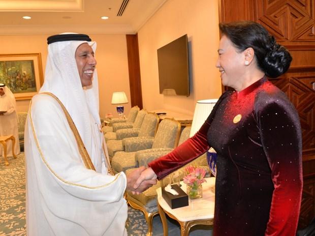 Top legislator meets Qatar's Shura Council speaker hinh anh 1