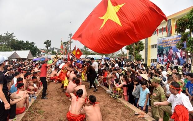 Vietnam's tug-of-war games, ritual receive UNESCO's certificate hinh anh 1
