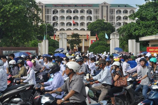 Two decades on, universities still stuck in central Hanoi hinh anh 1
