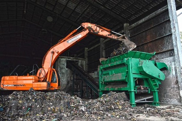 Hai Duong asked to attract more investors to modern waste treatment hinh anh 1