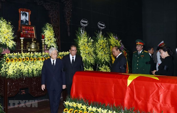 State funeral held for general Dong Sy Nguyen hinh anh 1