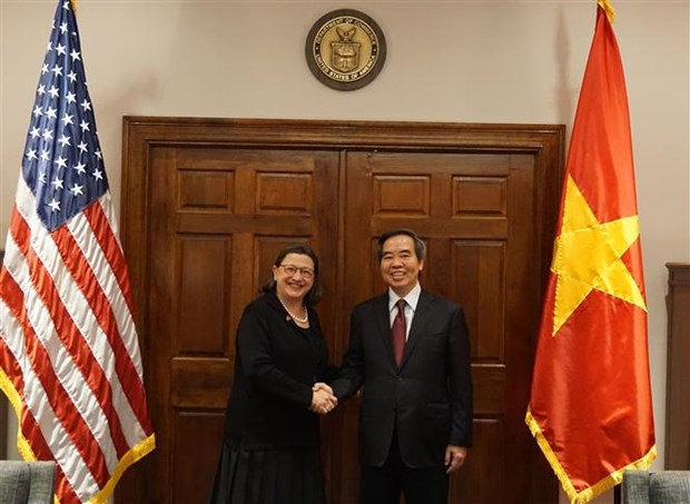 Party delegation visits US to seek stronger partnership hinh anh 1