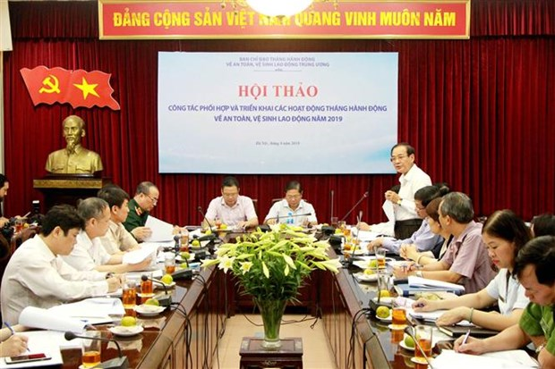 Action month for labour safety, hygiene to fall in May hinh anh 1