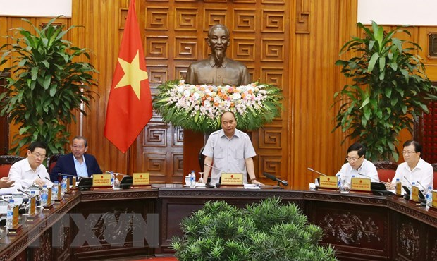 Cabinet members discuss matters related to BT projects, zoning law hinh anh 1