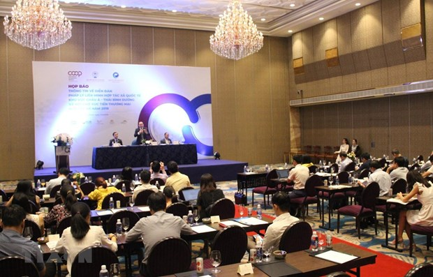 Forum looks to develop legal frameworks to boost cooperatives hinh anh 1
