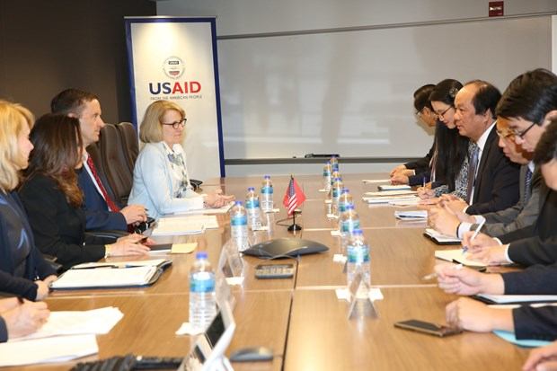 Vietnam, USAID look to strengthen cooperation hinh anh 1