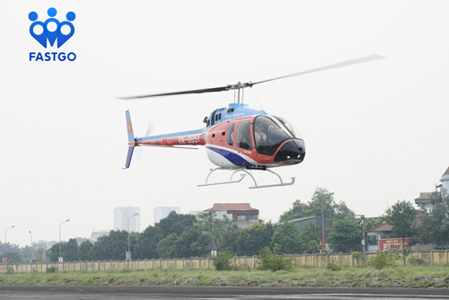 Vietnam to have first helicopter ride-hailing service hinh anh 1