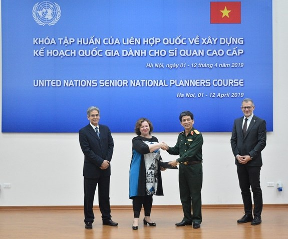 UN training course on national planning wraps up in Hanoi hinh anh 1