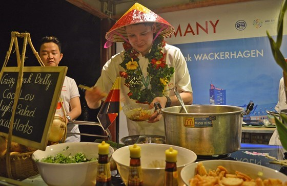 International Food Festival closes in Hoi An city hinh anh 1