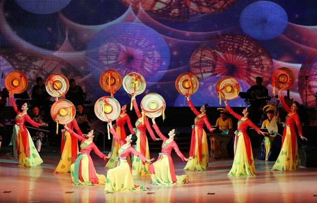 Vietnamese art performance leaves fine imprints in mind of DPRK people hinh anh 1