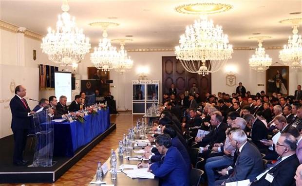 PM calls for breakthrough in Vietnam – Romania economic ties hinh anh 1