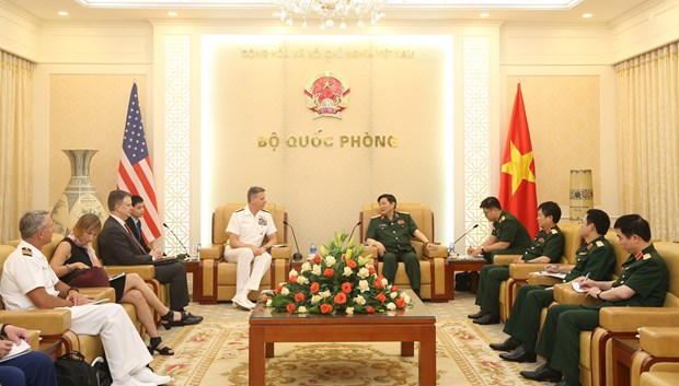 Defence Minister meets USINDOPACOM Commander hinh anh 1