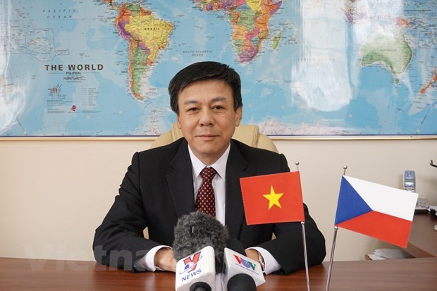 PM's Czech visit to lift bilateral economic cooperation: Ambassador hinh anh 1