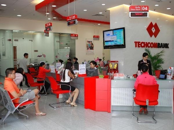 Techcombank targets 504.3 million USD in pre-tax profit hinh anh 1