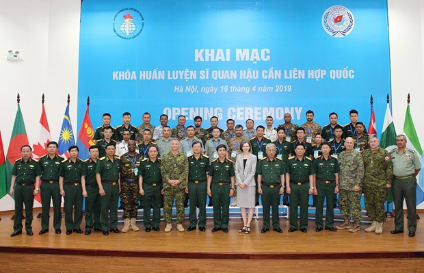 Training course for UN logistics officers opened in Hanoi hinh anh 1