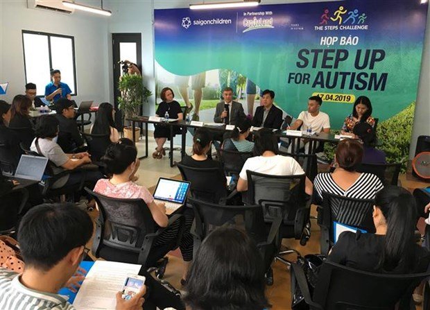 """""""The Steps Challenge 2019"""" to raise public awareness of autism hinh anh 1"""