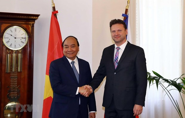 Vietnam treasures relations with Czech Republic: PM hinh anh 1