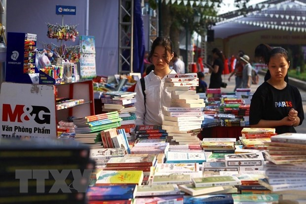 Festival launched to celebrate Vietnam Book Day hinh anh 1