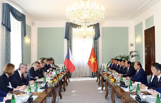 Vietnam, Czech Republic issue joint statement hinh anh 1