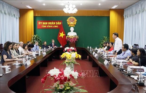 US legislative assistants visit Vinh Long province hinh anh 1