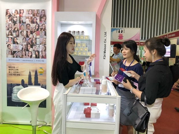 Int'l beauty industry exhibition opens in HCM City hinh anh 1
