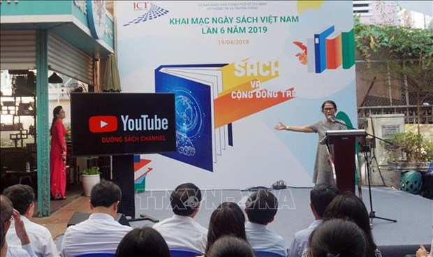 Reading week launched in HCM City hinh anh 1