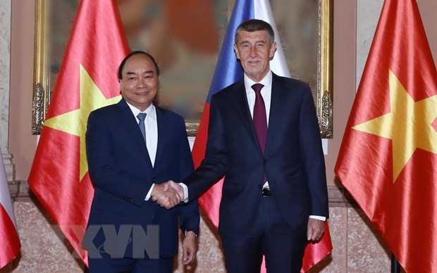 Czech media: PM Nguyen Xuan Phuc's visit enhances bilateral cooperation hinh anh 1